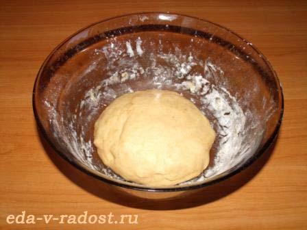 hrustjashhij pirog s syrom i paprikoj 2